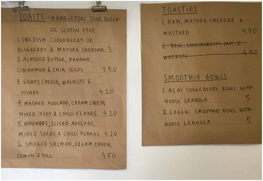 brown-paper-menu-on-wall-scandimania